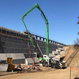 Large SEQ Concrete Pumping